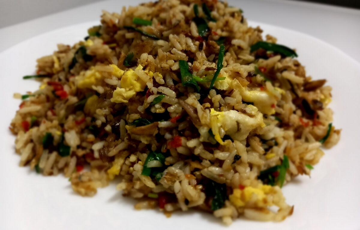 Nasi Goreng Ikan Rebus Secukup Rasa